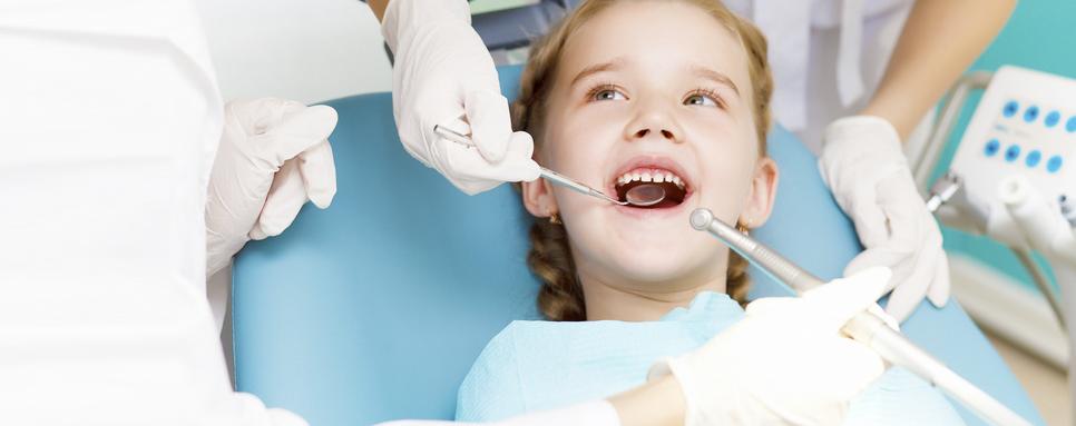 Cl nica dental las palmas dentistas las palmas cl nica - Dentistas en las palmas ...